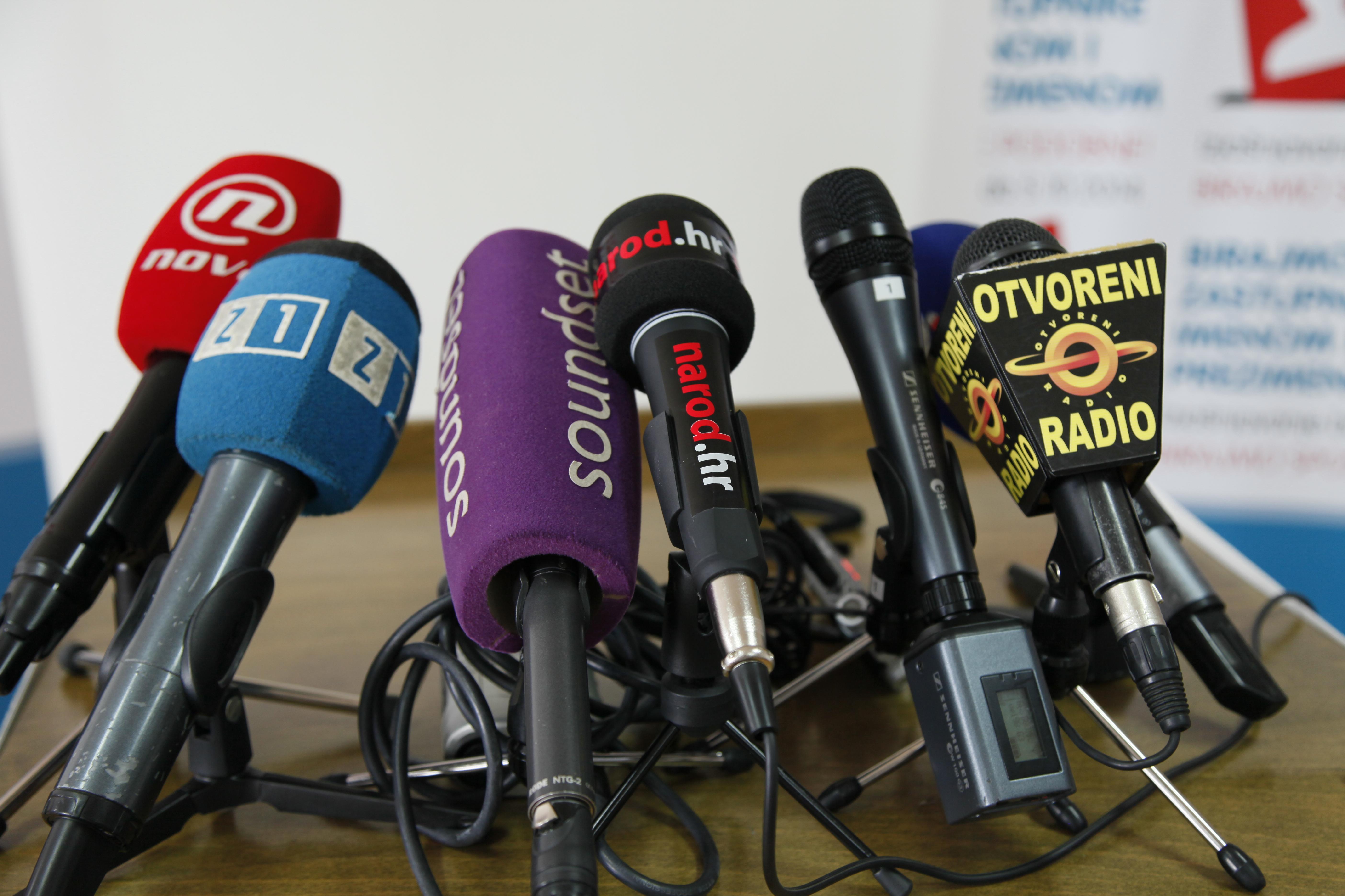 Najava – nastupi u medijima