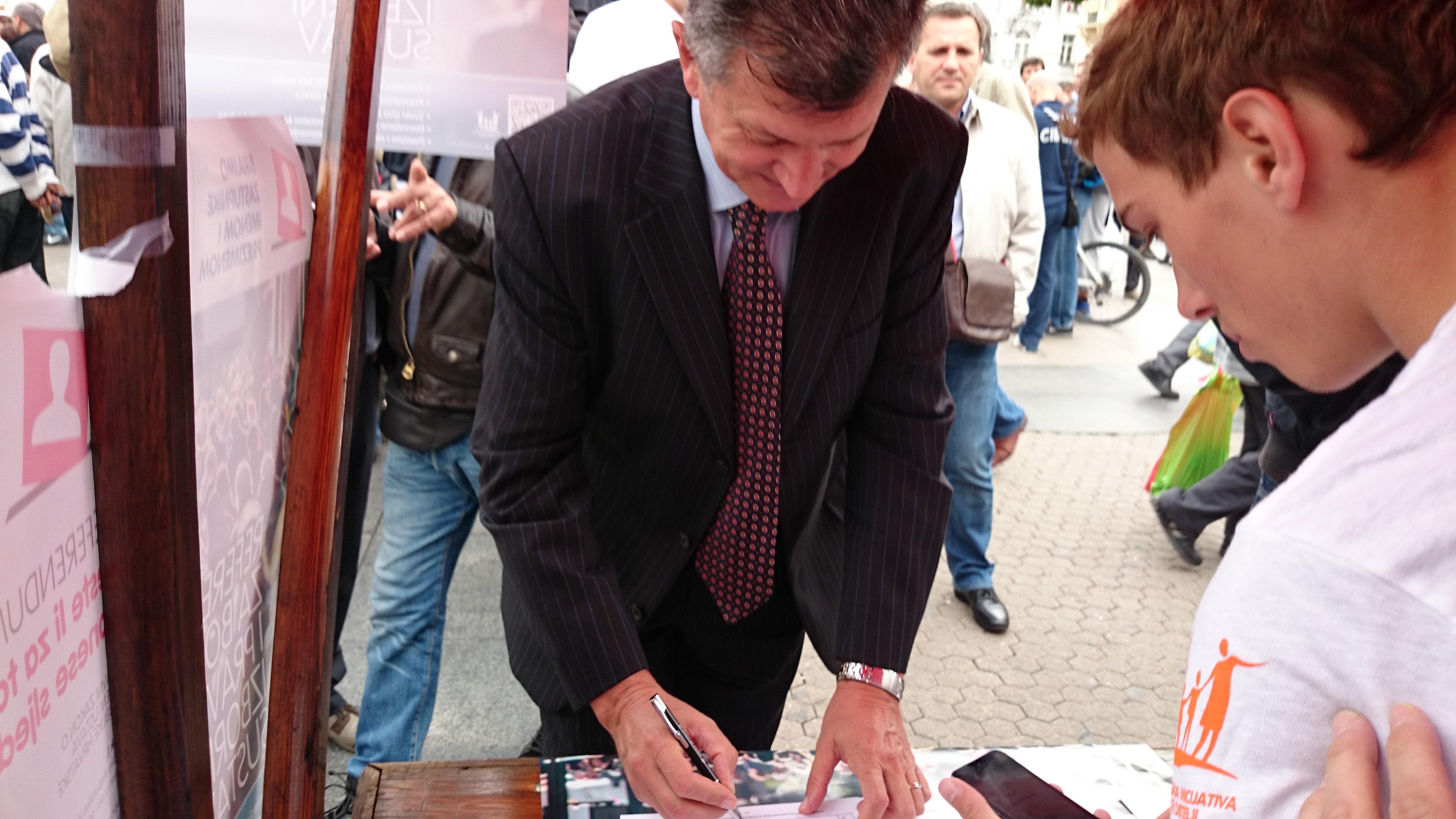 Milan Kujundžić i Milan Bandić ZA referendum