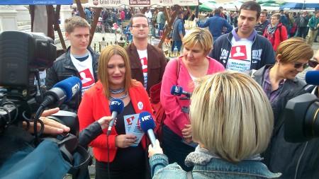U ime obitelji Osijek: Naši volonteri vas čekaju! Dajte potpis za bolju Hrvatsku