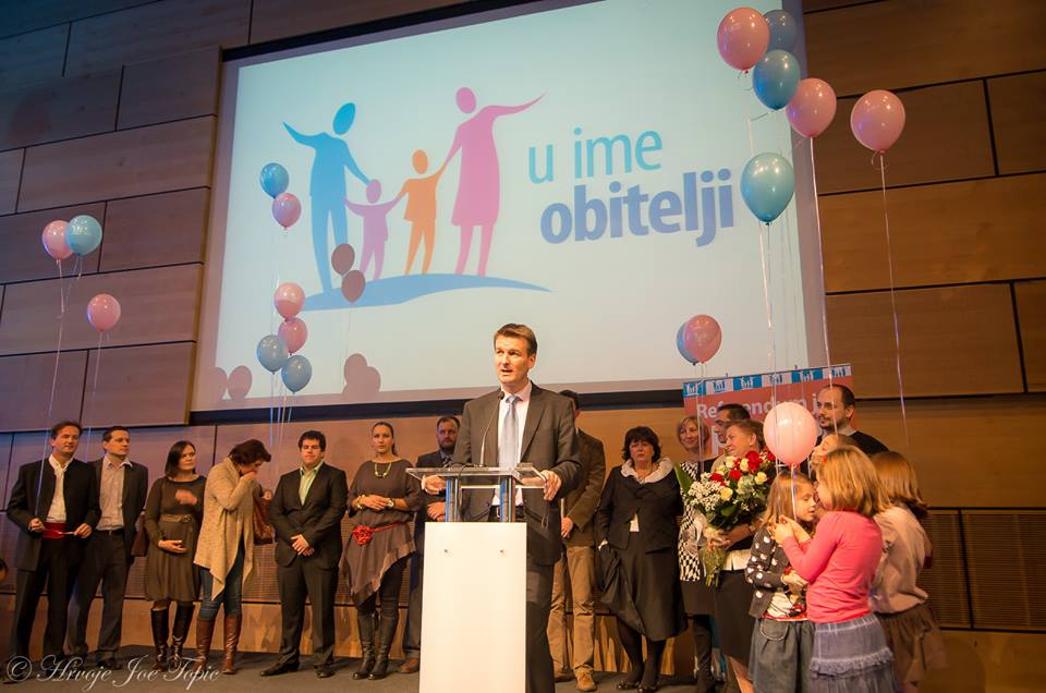 Čestitamo Vam drugu godišnjicu referenduma kojim su Hrvati zaštitili brak kao zajednicu žene i muškarca