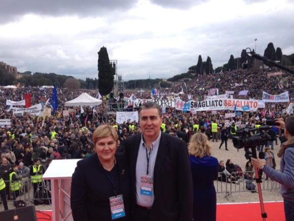 (VIDEO) Pogledajte obraćanje dr. Željke Markić na proslavi Dana obitelji u Rimu