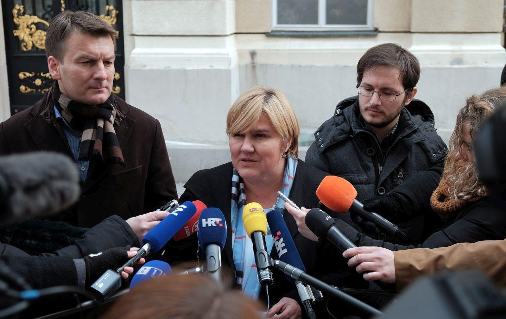 (VIDEO) U ime obitelji: Novosti SNV-a zloporabile proračunski novac namijenjen srpskoj nacionalnoj manjini