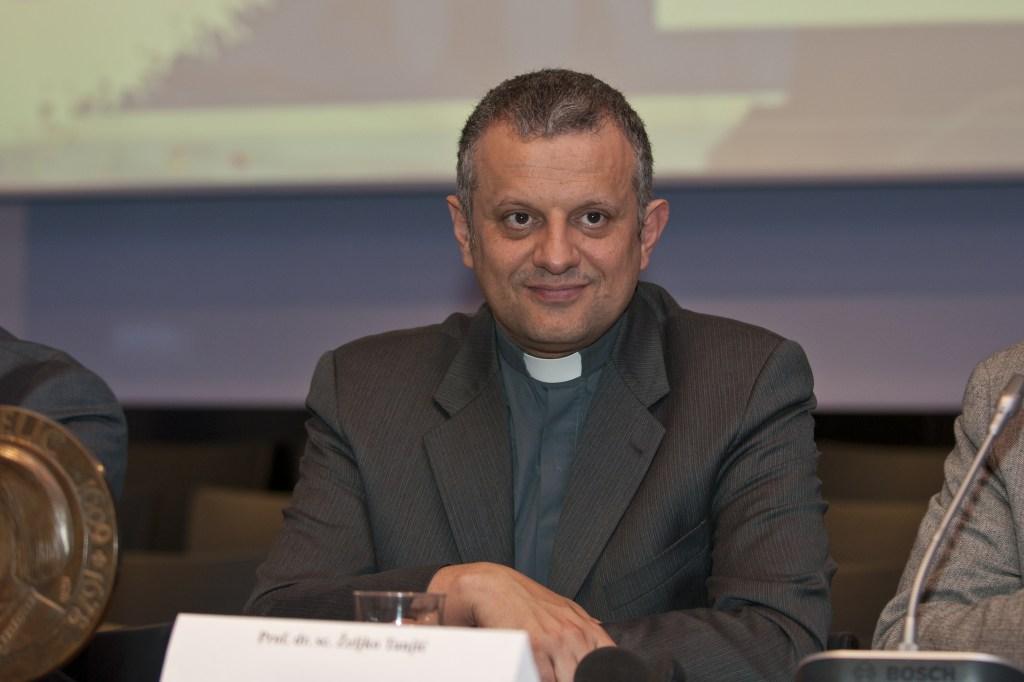 Dr. Tanjić: Tražiti da se pseudoznanstvena teorija poput rodne ideologije implementira u zakonodavstvo je apsurdno