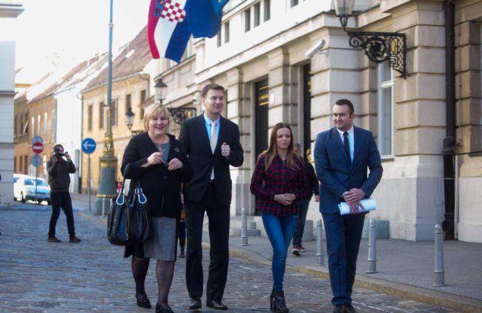 UIO Davoru Bernardiću: Uvrede i prijetnje člana SDP-a predsjednici udruge U ime obitelji