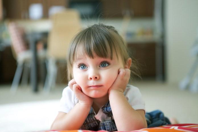 Zbog previše vremena provedenog pred televizorom djeca mogu biti manje spremna za školu