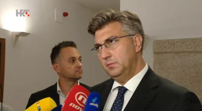 Plenković insinuirao da udruga U ime obitelji zajedno s Hasanbegovićem pokušava iskoristiti Penavu