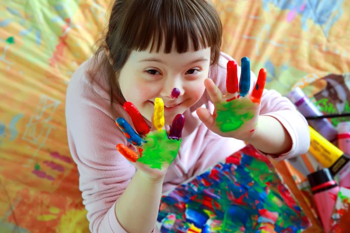 21. ožujka Svjetski dan osoba s Downovim sindromom: Obujte šarene čarape i podržite ih