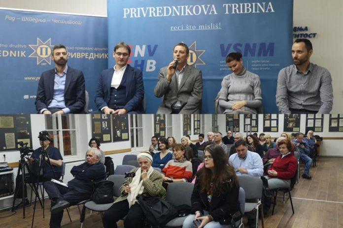 (FOTO, VIDEO) LGBT aktivizam: Na tribini Srpskog privrednog društva uz Sašu Kosanovića o 'udomljavanju djece kod istospolnih parova'