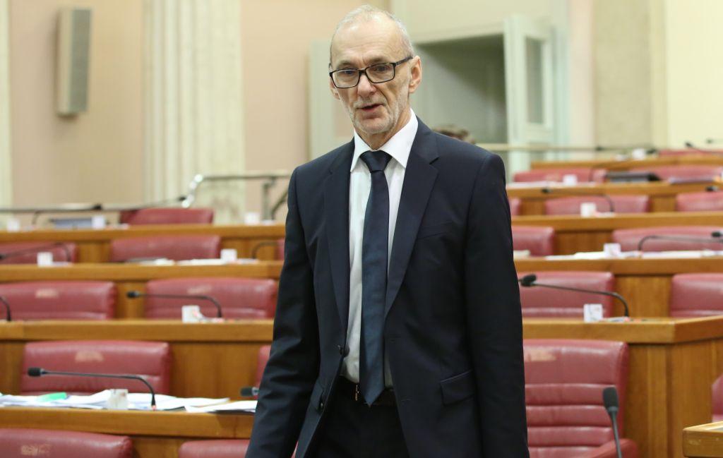 Prof. dr. sc. Podolnjak se povlači iz politike: Pročitajte kakvu je poruku poslao