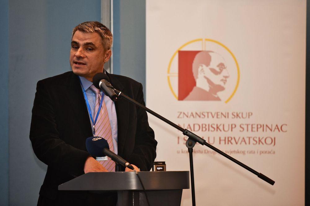 Dr. sc. Mario Kevo: Diana Budisavljević u škole – Struka na margine