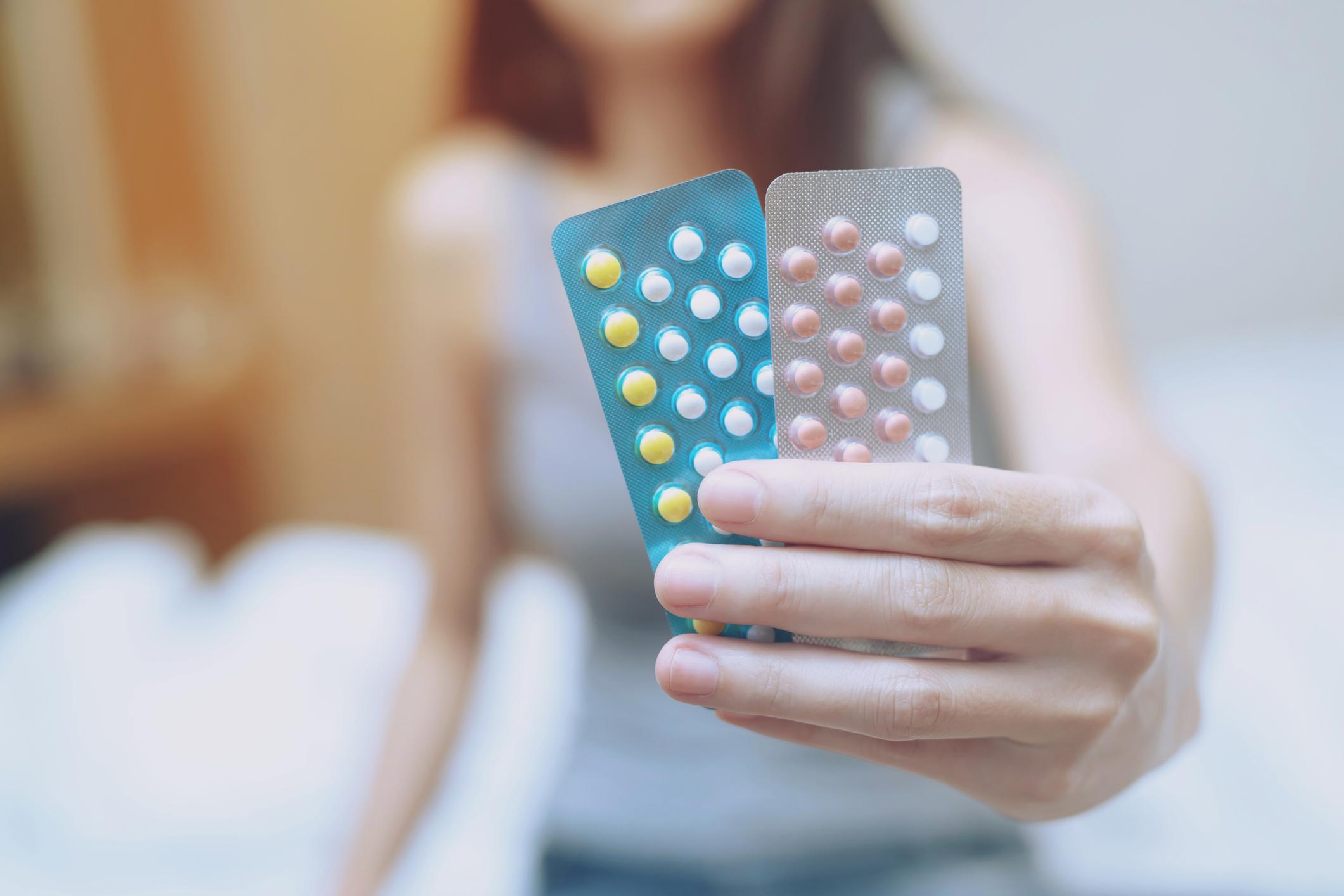 Francuska dopustila djevojčicama mlađim od 14 godina besplatnu kontracepciju, uključujući i tzv. spiralu
