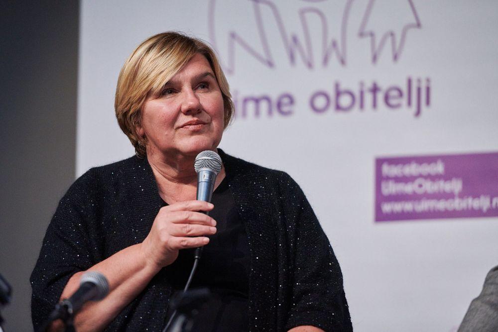 Dr. Markić: 'Lažna ljevica u Hrvatskoj protiv je neradne nedjelje jer dio trgovaca ide na misu, a lažna desnica još čeka mišljenje iz Bruxellesa'