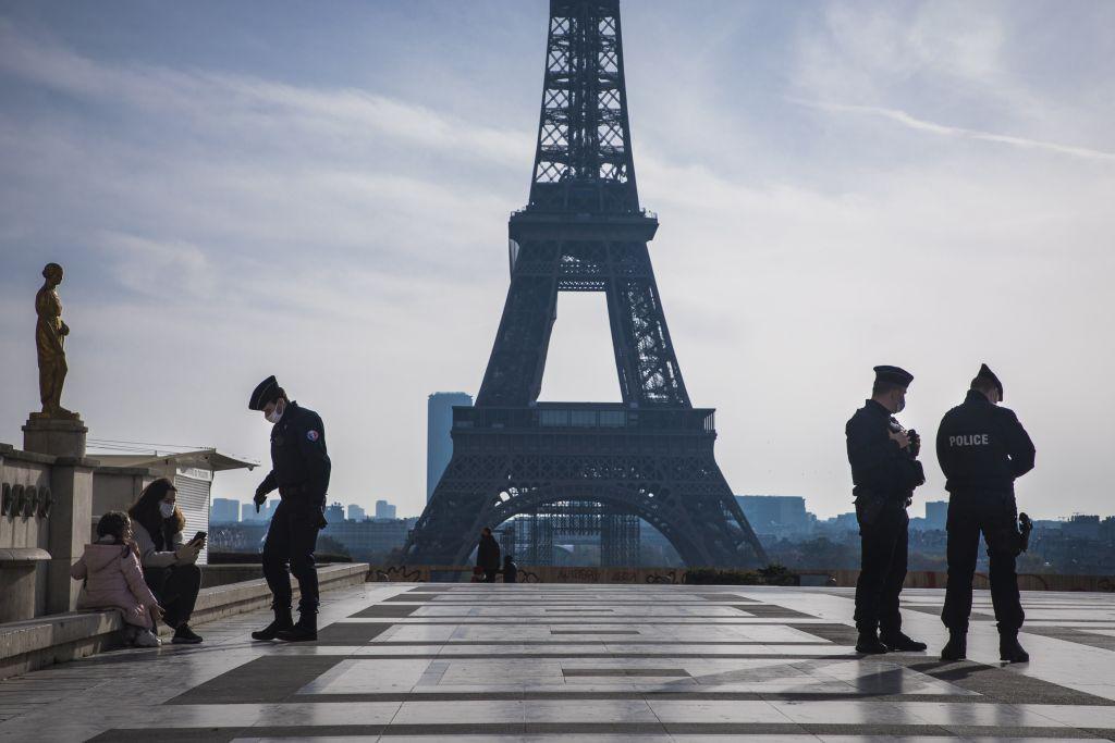 Čak se 71 posto djece pariških migranata želi vratiti u zemlje svojih roditelja