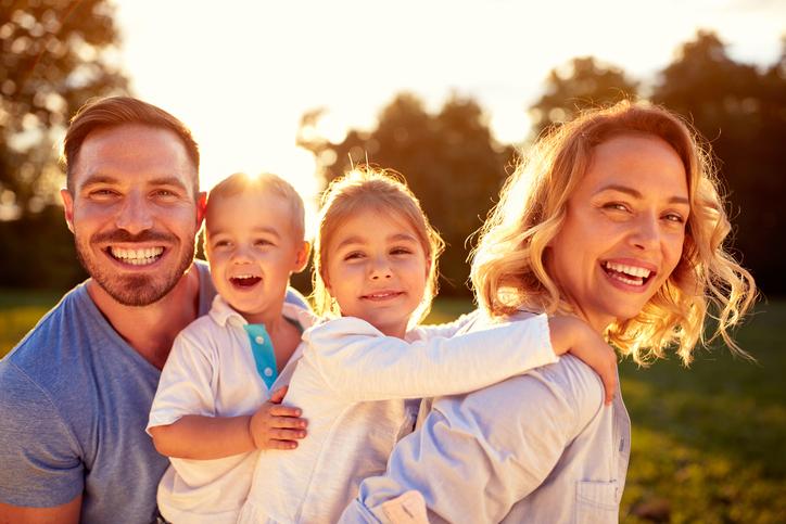 Zašto svako dijete zaslužuje vjenčane roditelje i društvo koje im pomaže da to dobiju?