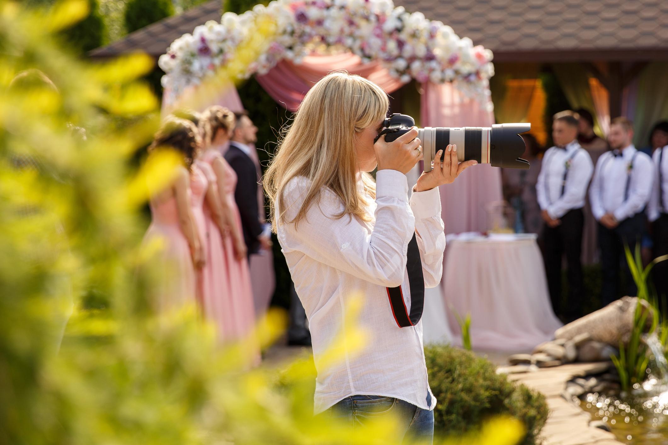 Fotografkinja tužila New York: 'Nemate me pravo prisiljavati da snimam homoseksualna vjenčanja!'